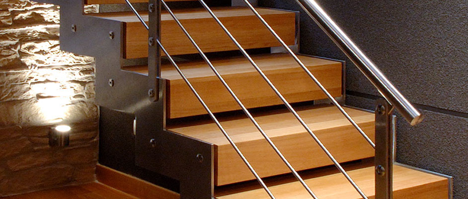 Rivestimenti per scale interne in legno